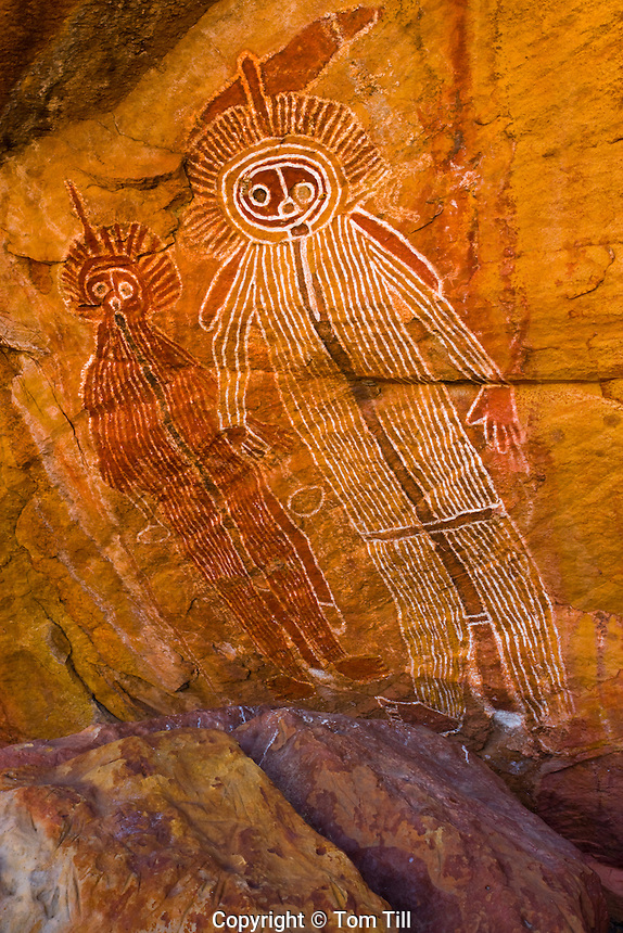 The Lightning Brothers   Outback Australia   Ancient Aboriginal Paintings   Hardaman Style      Location secret to oritect art