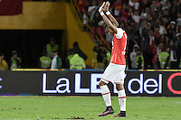 BOGOTÁ -COLOMBIA, 03-12-2016. William Tesillo de Santa Fe celebra la visctoria de su equipo después del encuentro de vuelta entre Independiente Santa Fe y Independiente Medellín por los cuartos de final de la Liga Aguila II 2016 jugado en el estadio Nemesio Camacho El Campin de la ciudad de Bogota.  / William Tesillo of Santa Fe celebrates the victory of his team after the second leg match between Independiente Santa Fe and Independiente Medellin for the final quarters of the Liga Aguila II 2016 played at the Nemesio Camacho El Campin Stadium in Bogota city. Photo: VizzorImage/ Gabriel Aponte / Staff