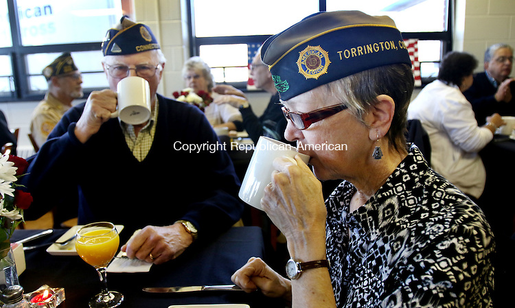 TORRINGTON CT. 08 November 2016-110816SV03-Joe and Carol Pathe both Air force veterans from Torrington enjoy breakfast prepared for them by culinary students at Oliver Wolcott Technical High School in Torrington Thursday. The breakfast was in honor of Veterans Day.<br /> Steven Valenti Republican-American