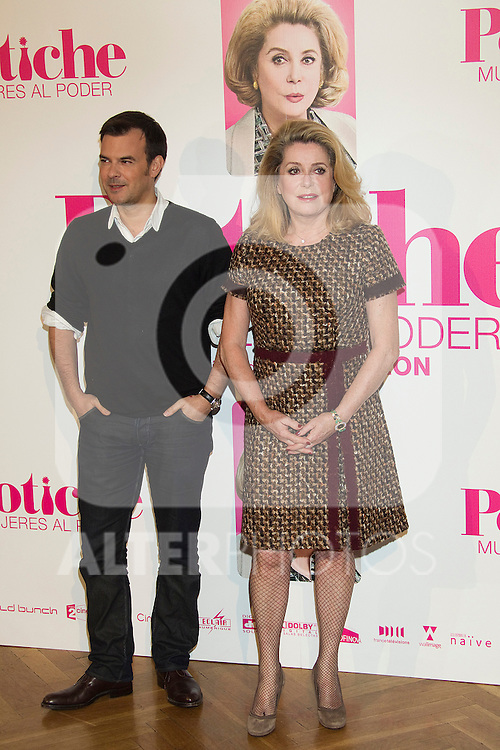 Catherine Deneuve and Francois Ozon attend 'Potiche' Photocall in Madrid..Photo: Cesar Cebolla / ALFAQUI
