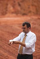 Data: 02/03/2010<br /> Bel&eacute;m, Par&aacute;, Brasil.<br /> Entrevista com Maur&iacute;lio Monteiro. secret&aacute;rio de estado do governo do Par&aacute;, a frente da SEDECT - Secretaria de Desenvolvimento, Ci&ecirc;ncia e Tecnologia &eacute; fotografado em seu gabinete e em frente ao Parque de Ci&ecirc;ncia e Tecnologia Guama.<br /> Personagem: Maur&iacute;lio Monteiro<br /> Fotos: Paulo Santos/