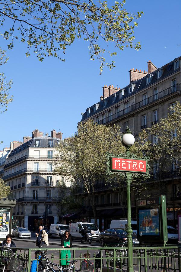 Odeon Metro Station entrance, 6th arrondissement, left bank, Paris, France, Europe