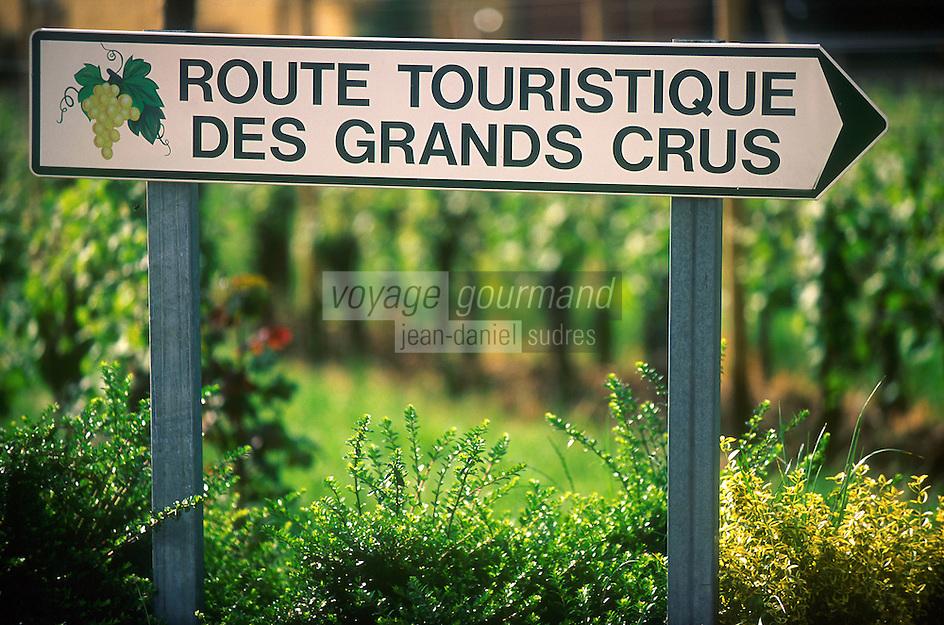 Europe/France/Alsace/68/Haut-Rhin/Env d'Eguisheim: Plaque de la Route Touristique des Grands Crus