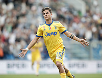 Calcio, Serie A: Reggio Emilia, Mapei stadium, 17 settembre 2017.<br /> Juventus' Paulo Dybala celebrates after scoring during the Italian Serie A football match between Sassuolo and Juventus at Reggio Emilia's Mapei stadium, September 17, 2017.<br /> UPDATE IMAGES PRESS/Isabella Bonotto