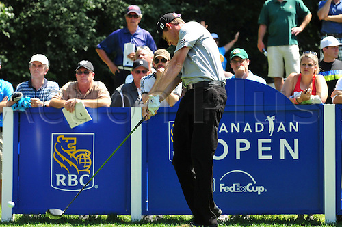 28.07.2012 Jimmy Walker hits on the 14th tee in the third round of the RBC Canadian Open at the Hamilton Golf and Country Club in Ancaster, Ontario.