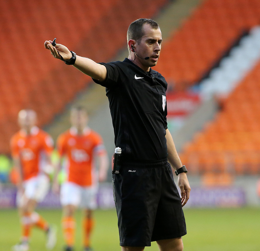 Referee Peter Bankes in action during todays match <br /> <br /> Photographer David Shipman/CameraSport<br /> <br /> The EFL Sky Bet League Two - Blackpool v Luton Town - Saturday 17th December 2016 - Bloomfield Road - Blackpool<br /> <br /> World Copyright &copy; 2016 CameraSport. All rights reserved. 43 Linden Ave. Countesthorpe. Leicester. England. LE8 5PG - Tel: +44 (0) 116 277 4147 - admin@camerasport.com - www.camerasport.com