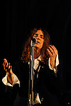 20081005 - France - IDF - Paris.Patti Smith, accompagnee de sa fille Jessie au piano et de son fils Jackson a la guitare, en concert (aautour de textes de Saint Francois d'Assise) a l'eglise Saint-Germain des Pres a Paris a l'occasion de la nuit blanche..Ref : PATTI_SMITH_SAINT-GERMAIN_009.jpg - © CIRIC.