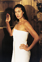 Christmas Vacation 2000 (1999) <br /> (Vacanze di Natale 2000)<br /> Megan Gale<br /> *Filmstill - Editorial Use Only*<br /> CAP/KFS<br /> Image supplied by Capital Pictures