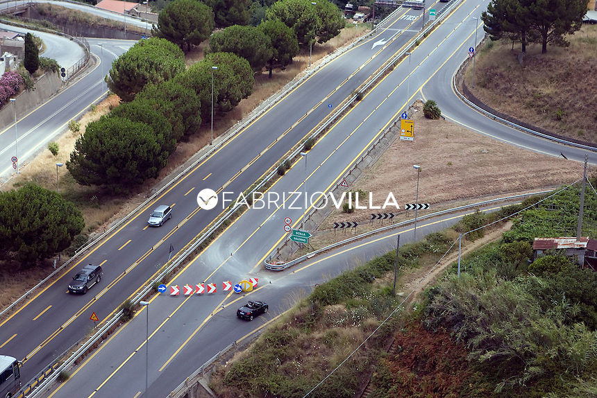 Autostrada A3 Salerno - Reggio Calabria..Foto Fabrizio Villa