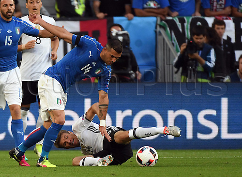 02.07.2016. Bordeaux, France. 2016 European football championships. Quarterfinals match. Germany versus Italy.  Stefano Sturaro (Ger, Italy), Thomas Mueller (ger)