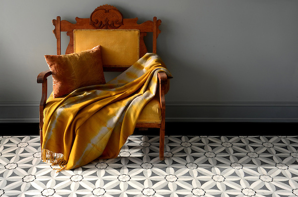 Edie, a natural stone waterjet mosaic shown in Nero, Bardiglio, Thassos and Carrara, is part of the Silk Road Collection by Sara Baldwin for New Ravenna Mosaics.