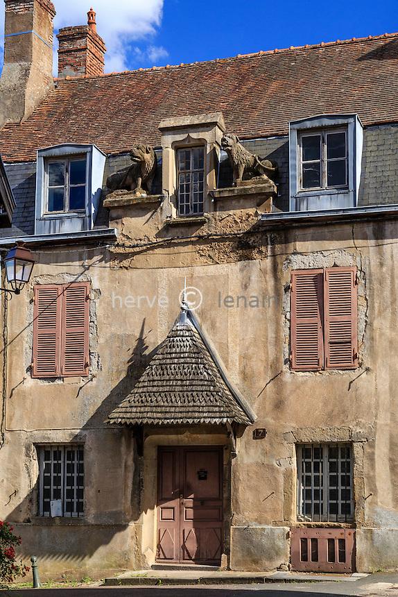 France, Saône-et-Loire (71), Autun, maison Verger-Tarin, rue des Sous-Chantres dans le quartier de la cathédrale // France, Saone et Loire, Autun, Verger Tarin House