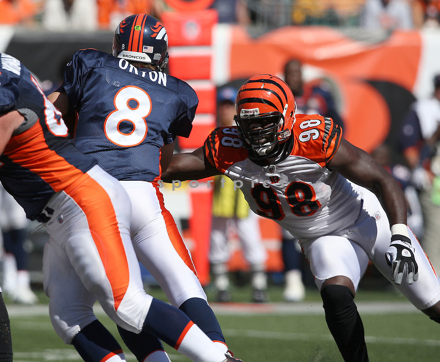 ANTWAN ODOM,of the Cincinnati Bengals, in actions during the Bengals  game against the Denver Broncos  on September 13, 2009 in Cincinnati, OH  The Broncos beat the Bengals 12-7.
