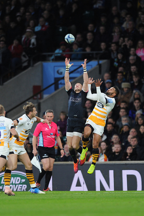 Mike Brown of Harlequins and Lima Sopoaga of Wasps compete for the high ball during Big Game 11, the Gallagher Premiership Rugby match between Harlequins and Wasps, at Twickenham Stadium on Saturday 29th December 2018 (Photo by Rob Munro/Stewart Communications)