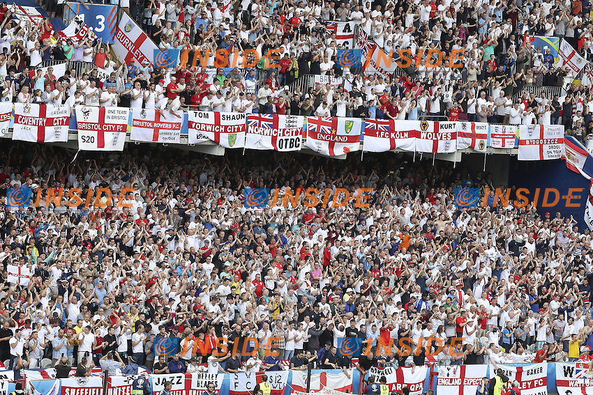 tifosi Inghilterra Fans England  <br /> Lens 16-06-2016 Stade Bollaert-Delelis Footballl Euro2016 England - Wales / Inghilterra - Galles Group Stage Group B. Foto Matteo Gribaudi / Image Sport / Insidefoto