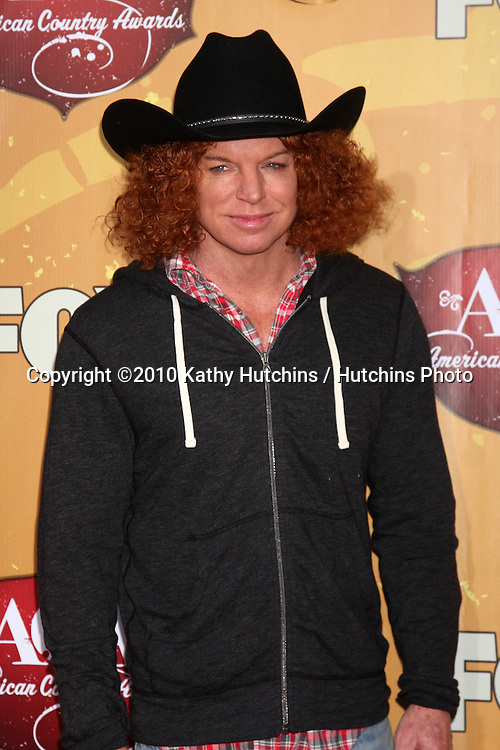 LOS ANGELES - DEC 6:  Carrot Top arrives at the 2010 American Country Awards at MGM Grand Garden Arena on December 6, 2010 in Las Vegas, NV.