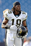 26 November 2006: Jacksonville Jaguars wide receiver Ernest Wilford warms up prior to a game against the Buffalo Bills at Ralph Wilson Stadium in Orchard Park, NY. The Bills defeated the Jaguars 27-24. Mandatory Photo Credit: Ed Wolfstein Photo<br />
