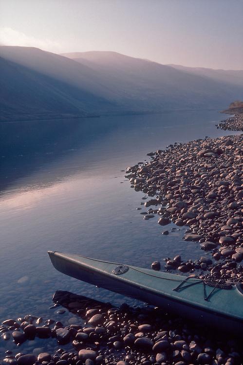 Hanford Reach National Monument, Sea kayak, Vernita Bar, Umtanum Ridge, Hanford Reach; Columbia River; Washington State;