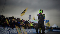 an emotional Sven Nys (BEL/Crelan-AAdrinks) takes his 2nd (and most important) win of the weekend after not winning for over a year...<br /> The 39yr old legend beats the 21yr old champions finishing just behind him. <br /> <br /> Duinencross Koksijde WorldCup 2015