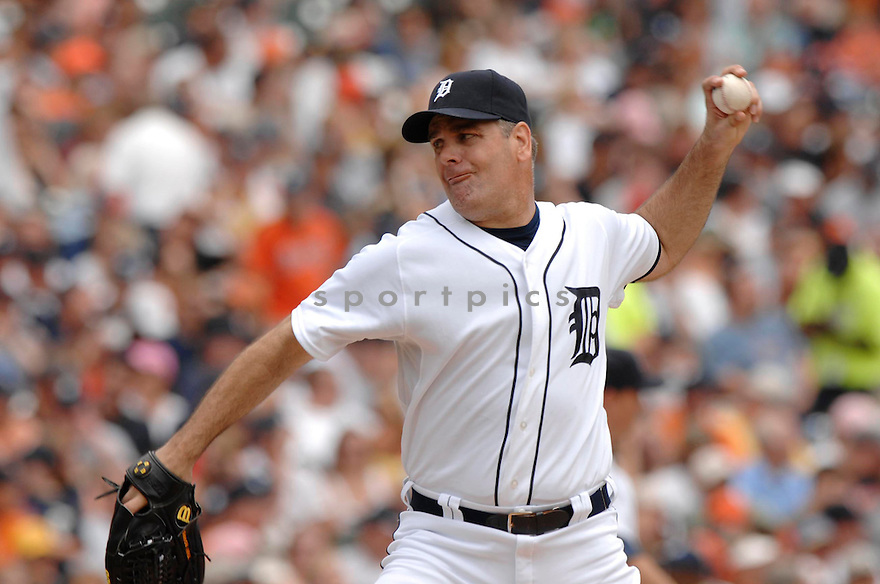 KENNY ROGERS, of the  Detroit Tigers, in action during the Tigers  game against the Texas Rangers  in Detroit,  MI, on June 28,  2007...Tigers  win 5-2...DAVID DUROCHIK / SPORTPICS.