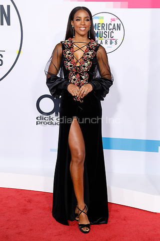 LOS ANGELES, CA - NOVEMBER 19: Kelly Rowland attends the 2017 American Music Awards at Microsoft Theater on November 19, 2017 in Los Angeles, California, USA Credit:  John Rasimus /MediaPunch ***FRANCE, SWEDEN, NORWAY, DENARK, FINLAND, USA, CZECH REPUBLIC, SOUTH AMERICA ONLY***