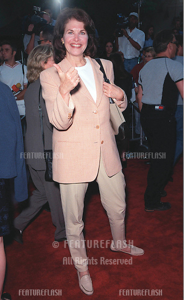 """23JUN99: Paramount Pictures boss SHERRIE LANSING at the world premiere of the animated movie """"South Park: Bigger, Longer & Uncut"""" at the Manns Chinese Theatre in Hollywood..© Paul Smith / Featureflash"""