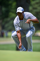 Tiger Woods (USA) looks over his putt on 2 during 3rd round of the World Golf Championships - Bridgestone Invitational, at the Firestone Country Club, Akron, Ohio. 8/4/2018.<br /> Picture: Golffile | Ken Murray<br /> <br /> <br /> All photo usage must carry mandatory copyright credit (© Golffile | Ken Murray)