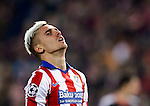 Atletico Madrid's French midfielder Antoine Griezmann gestures during the round of 16 second leg UEFA Champions League football match Atletico de Madrid vs Bayern Leverkusen at the Vicente Calderon stadium in Madrid on March 17, 2015.  PHOTOCALL3000/ DP