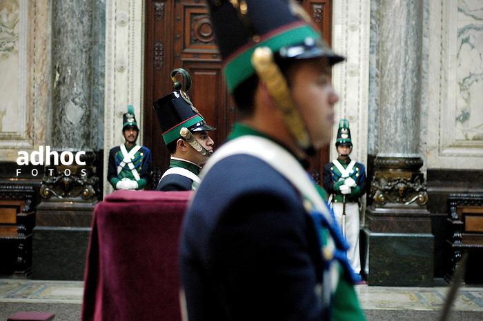 Palacio Legislativo. Montevideo, 2007.<br /> URUGUAY / MONTEVIDEO / <br /> Foto: Ricardo Ant&uacute;nez / AdhocFotos<br /> www.adhocfotos.com