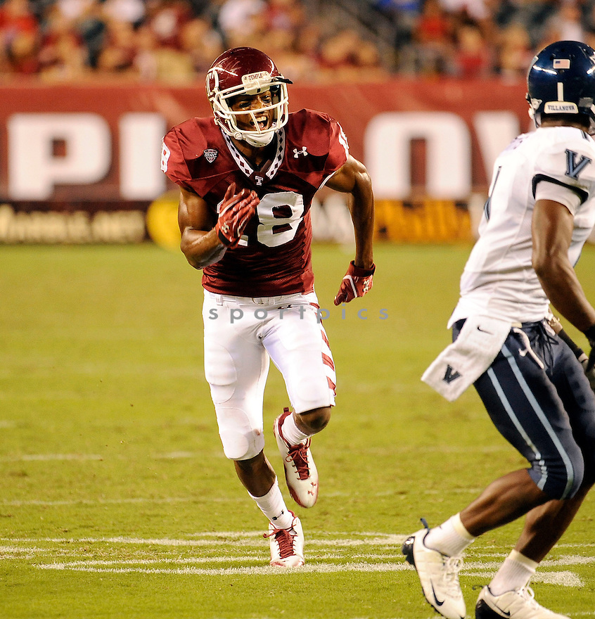 ROD STREATOR, of the Temple Owls  in action during the Owls game against the Villanova Wildcats on September 1, 2011 at Lincoln Financial Field in Philadelphia, PA. Temple beat Villanova 42-7.