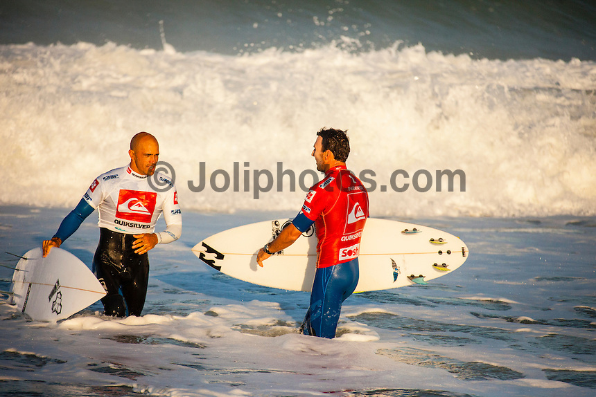 LA GRAVIERE, Hossegor/France (Friday, October 5, 2012)  Joel Pakinson (AUS)-  Kelly Slater (USA), 40, reigning 11-time ASP World Champion, claimed his 51st elite tour victory today, besting celebrated wildcard Dane Reynolds (USA), 27, in a hard-fought Final to take out the Quiksilver Pro France...Event No. 7 of 10 on the 2012 ASP WCT, the Quiksilver Pro France culminated in dramatic fashion this morning with the primary venue of La Graviere serving up clean three-to-five foot (1 - 1.5 metre) barrels for a star-studded Final Four...With conditions slowing, Slater wasted little time in the Final, collecting a 7.93 and a 9.33 in the opening 10 minutes for impressive tube rides on his forehand. While Reynolds would battle back with his own barrels and aerial attempts, it would not prove enough in the end allowing Slater to collect his first French victory in two decades...Today marks Slater's third win of the 2012 season (Fiji, Trestles, France) and vaults him up to 2nd on the ASP WCT rankings, well within striking distance of ASP World Title No. 12 with three events remaining this year..Reynolds was a standout from the opening round of the Quiksilver Pro France, consistently posting high scores and wowing the masses with his tube-riding prowess. Unfortunately for Reynolds, conditions did not cooperate in the Final against Slater.. Photo: joliphotos.com