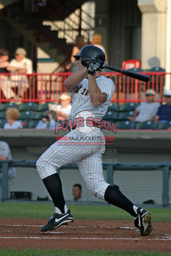 August 13, 2003:  Matt Walker of the Erie Seawolves during a game at Jerry Uht Park in Erie, Pennsylvania.  Photo by:  Mike Janes/Four Seam Images