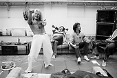 VAN HALEN, BACKSTAGE, 1980, NEIL ZLOZOWER