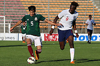 Gerardo  Daniel Arteaga Zamora of Mexico in possession as England's Tammy Abraham looks on during Mexico Under-21 vs England Under-21, Tournoi Maurice Revello Final Football at Stade Francis Turcan on 9th June 2018