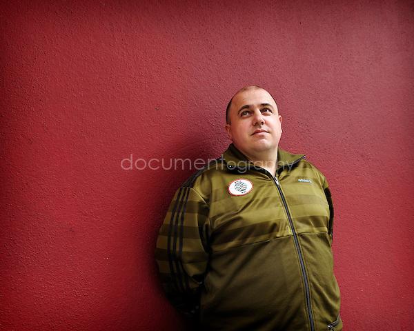 copyright: magali corouge / Documentography..portrait de Monsieur Ellie Faucher..Paris, le 7/04/2010.