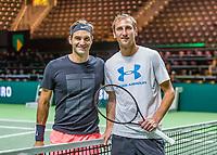 Rotterdam, Netherlands, 11 februari, 2018, Ahoy, Tennis, ABNAMROWTT, Arival of Roger Federer, practis with Thiemo de Bakker (NED)<br /> Photo: Henk Koster/tennisimages.com