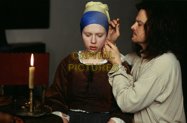 SCARLETT JOHANSSON & COLIN FIRTH.in Girl With A Pearl Earring.*Filmstills - editorial use only*.www.capitalpictures.com.sales@capitalpictures.com.Supplied by Capital Pictures.