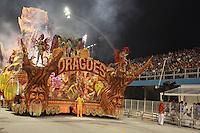 SAO PAULO, SP, 18 DE FEVEREIRO 2012 - CARNAVAL SP - DRAGOES DA REAL - Desfile da escola de samba Dragoes da Real na segunda noite do Carnaval 2012 de São Paulo, no Sambódromo do Anhembi, na zona norte da cidade, neste sábado.(FOTO: RICARDO LOU  - BRAZIL PHOTO PRESS).