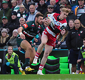 4th November 2017, Welford Road, Leicester, England; Anglo-Welsh Cup, Leicester Tigers versus Gloucester;  Carwyn Pennyon the charge for Gloucester