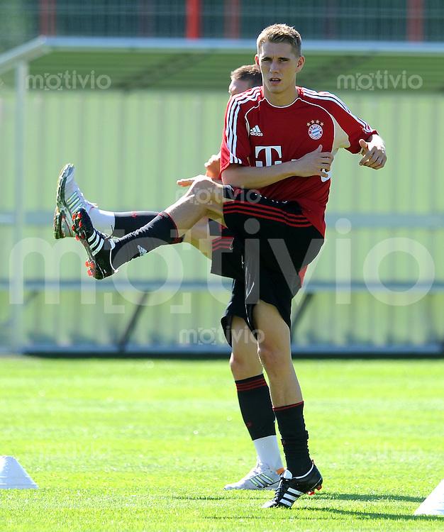 Fussball 1. Bundesliga:  Saison   2010/2011    Trainingsauftakt beim FC Bayern Muenchen 27.06.2011 Nils Petersen (FC Bayern Muenchen)