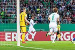 10.08.2019, wohninvest WESERSTADION, Bremen, GER, DFB-Pokal, 1. Runde, SV Atlas Delmenhorst vs SV Werder Bremen<br /> <br /> im Bild<br /> Jubel 0:1, <br /> Yuya Osako (Werder Bremen #08), <br /> Florian Urbainski (SV Atlas Delmenhorst #01), <br /> <br /> während DFB-Pokal Spiel zwischen SV Atlas Delmenhorst und SV Werder Bremen im wohninvest WESERSTADION, <br /> <br /> Foto © nordphoto / Ewert