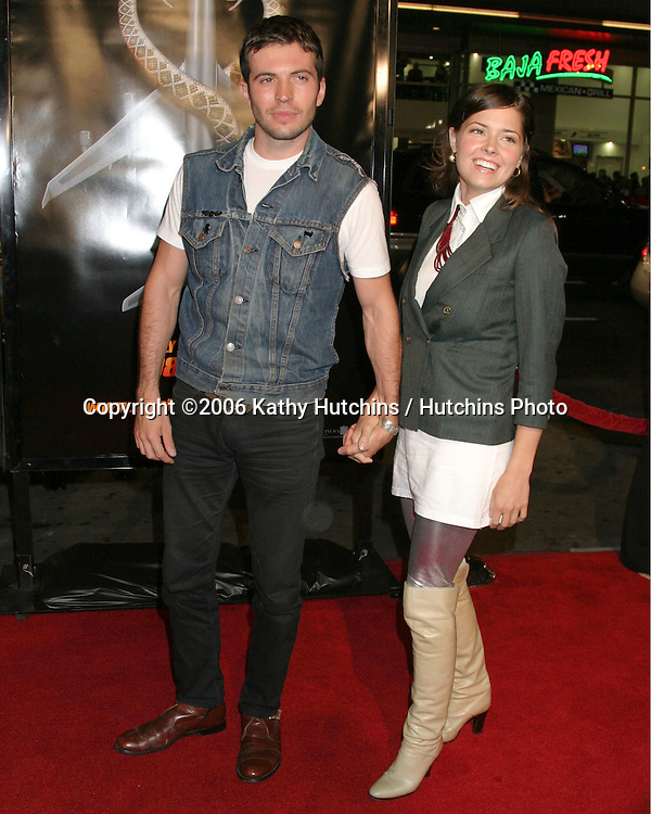 "Tygh Runyan & Sarah Lind.""Snakes on a Plane"" Premiere.Grauman's Chinese Theater. Hollywood, CA.August 17, 2006.©2006 Kathy Hutchins / Hutchins Photo.."