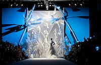 Una modella presenta un abito da sposa della collezione Autunno/Inverno 2013/2014 dello stilista libanese Abed Mahfouz durante la rassegna Altaroma a Roma, 9 Luglio 2013.<br /> A model wears a wedding dress of Lebanese fashion designer Abed Mahfouz Fall/Winter 2013-2014 collection during the Altaroma fashion week in Rome, 9 July 2013.<br /> UPDATE IMAGES PRESS/Virginia Farneti