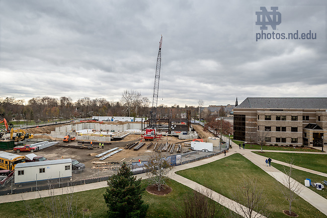 Nov. 13, 2015; Construction on Jenkins and Nanovic Hall. (Photo by Matt Cashore/University of Notre Dame)