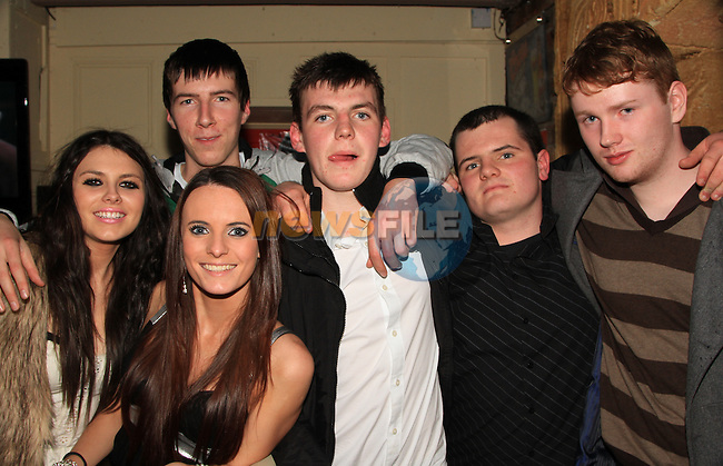 Megan Daley, Sarah Lucas, Calum Small, Caolan Mulroy, Ciano Robinson and Tosh Hand enjoying a night in Shooters..Picture: Shane Maguire / www.newsfile.ie.