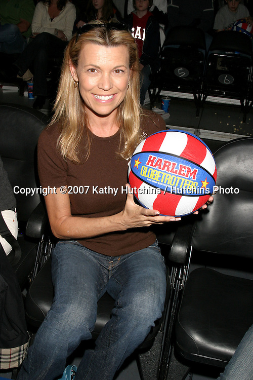 Vanna White  at the .Harlem Globetrotters Game.Staples Center.Los Angeles, CA.February 19, 2007.©2007 Kathy Hutchins / Hutchins Photo.Vanna White and her children, Son, Nicholas, born 1994 and Daughter, Giovanna, born 1997 at the .Harlem Globetrotters Game.Staples Center.Los Angeles, CA.February 19, 2007.©2007 Kathy Hutchins / Hutchins Photo.Vanna White at the .Harlem Globetrotters Game.Staples Center.Los Angeles, CA.February 19, 2007.©2007 Kathy Hutchins / Hutchins Photo.