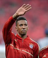 FUSSBALL  CHAMPIONS LEAGUE  HALBFINALE  HINSPIEL  2012/2013      FC Bayern Muenchen - FC Barcelona      23.04.2013 Jerome Boateng (FC Bayern Muenchen) winkt