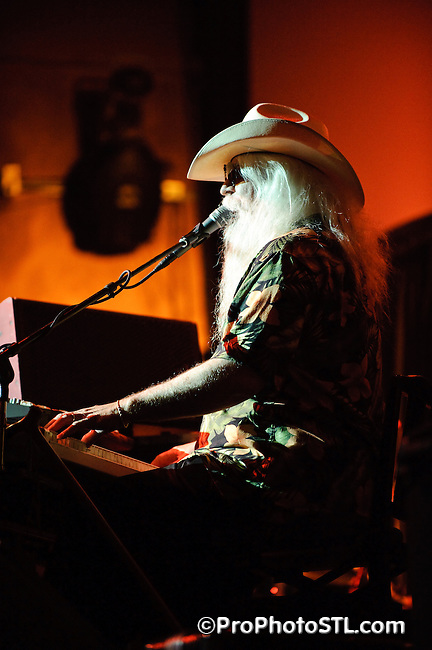 Leon Russell with band performing at VooDoo Lounge of Harrah's Casino in Maryland Height, MO on June 4, 2009.