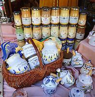 France, Burgundy, Côte d'Or, Dijon: Dijon mustard | Frankreich, Burgund, Côte d'Or, Dijon: Dijon-Senf