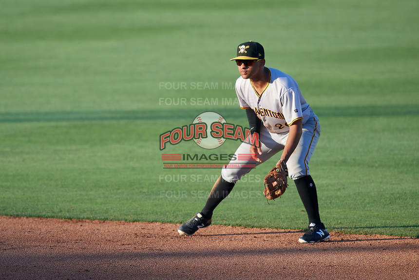 Bradenton Marauders second baseman Trae Arbet (26) during the first game of a doubleheader against the Lakeland Flying Tigers on April 11, 2018 at Publix Field at Joker Marchant Stadium in Lakeland, Florida.  Lakeland defeated Bradenton 5-4.  (Mike Janes/Four Seam Images)